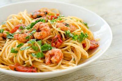 Spaghetti crevettes à la napolitaine